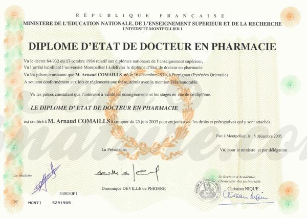 Photo du Diplôme de Docteur en Pharmacie d'Arnaud Comaills